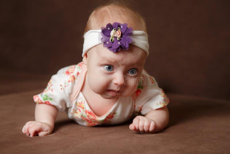 Retrato do bebé adorável imagem de stock
