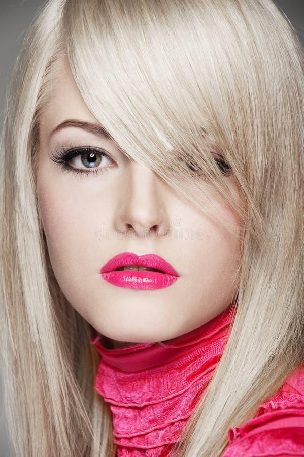 Retrato do blonde bonito fotos de stock