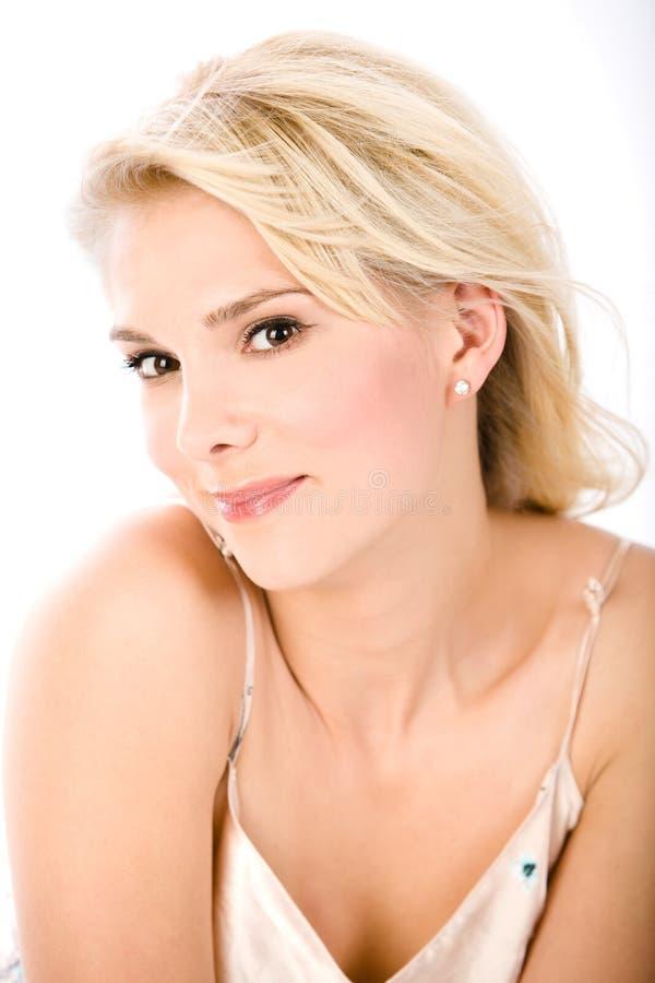 Retrato do blonde de sorriso fotos de stock
