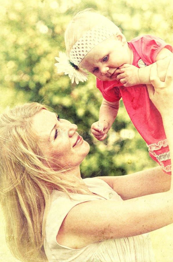Download Retrato Do Close Up Da Mãe Com Ela Foto de Stock - Imagem de bebê, fêmea: 29840178
