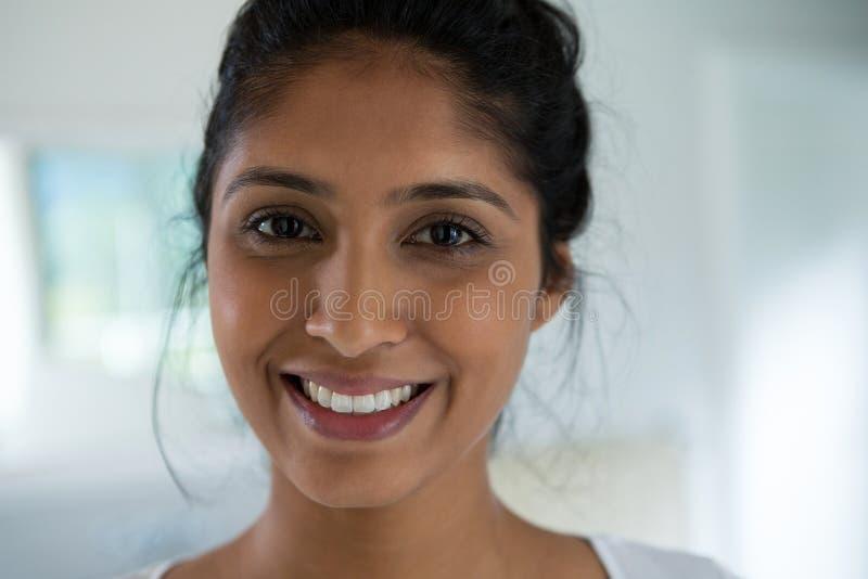 Retrato do Close-up da mulher foto de stock royalty free