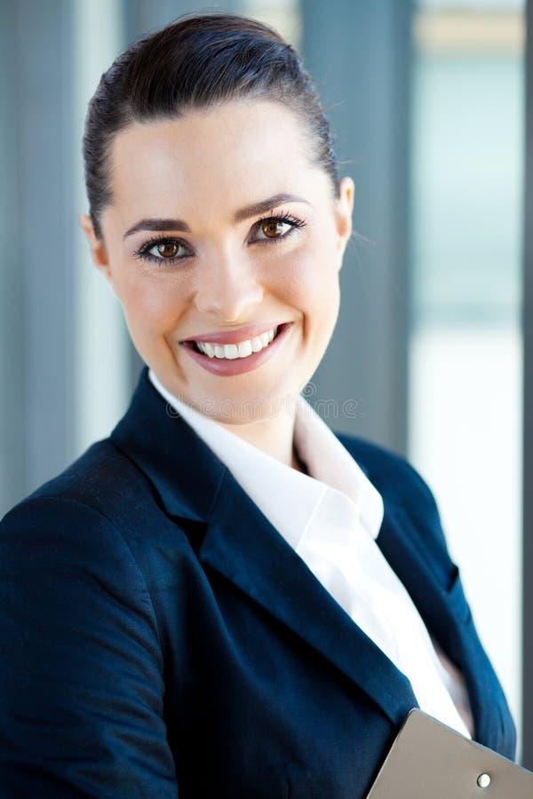 Retrato do close up da mulher de negócios imagem de stock