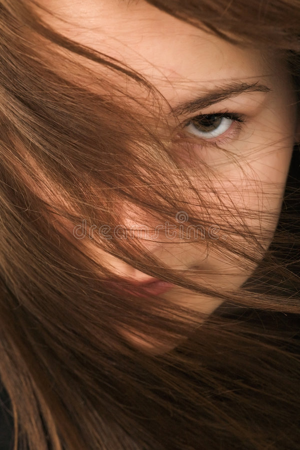 Retrato do close-up da mulher nova imagens de stock royalty free