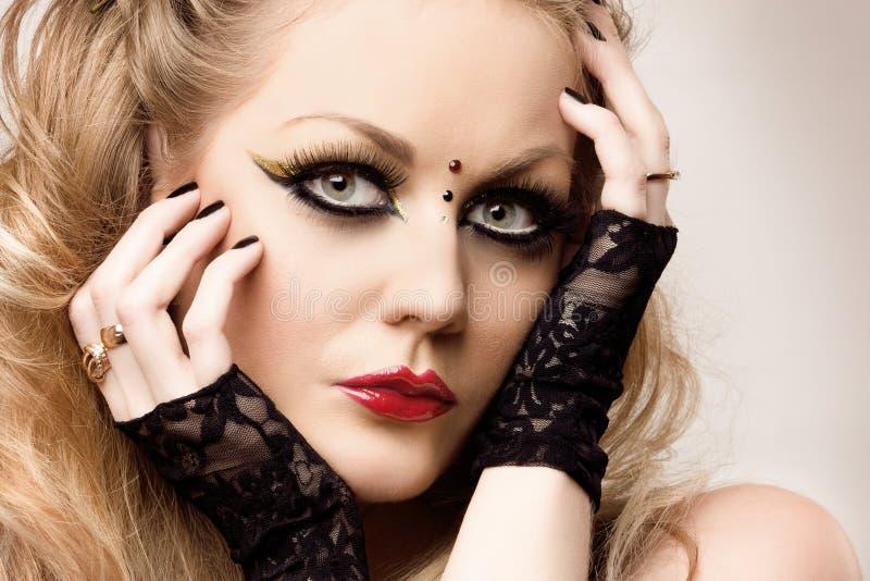 Retrato do Close-up da mulher nova foto de stock royalty free