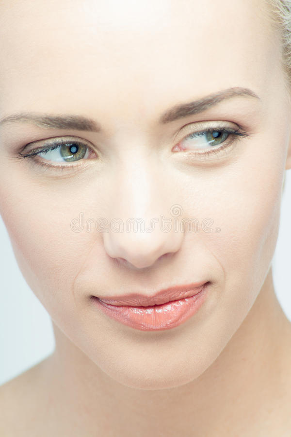 Retrato do close up de emocional bonito novo imagens de stock