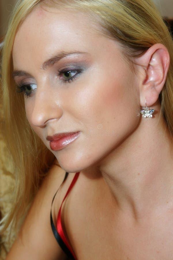 Retrato do Close-up de um louro fotos de stock royalty free