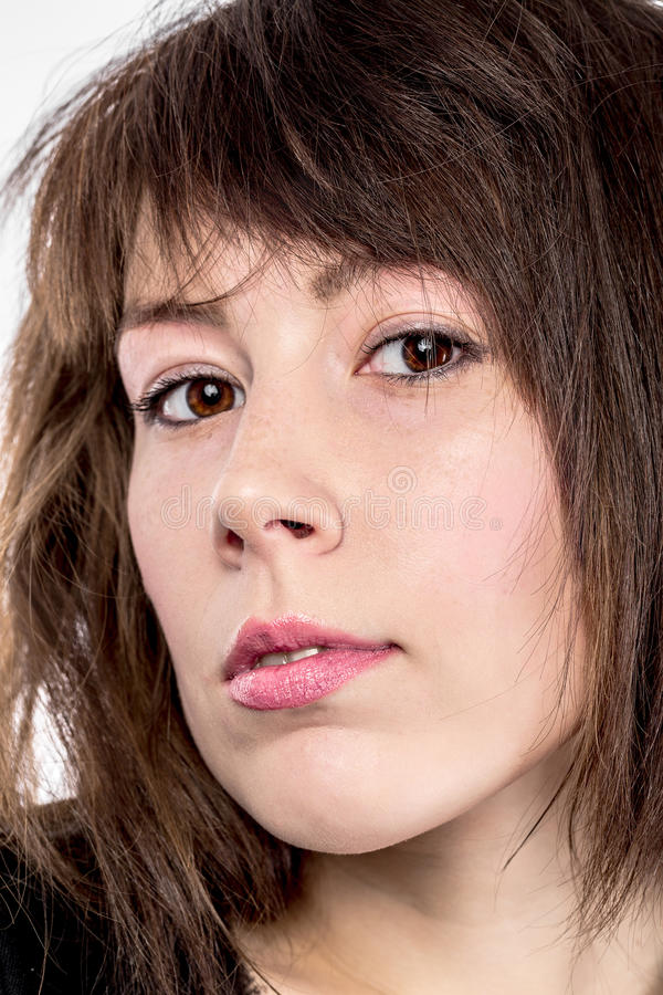 Retrato do close up de uma jovem mulher atrativa fotografia de stock