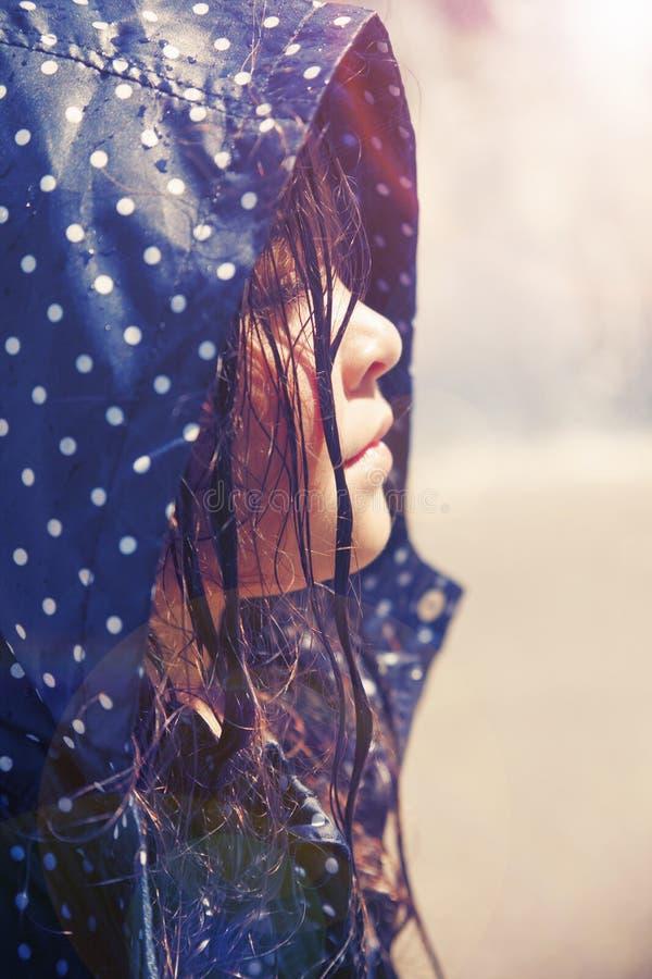 Retrato do close up de uma menina bonita imagem de stock royalty free