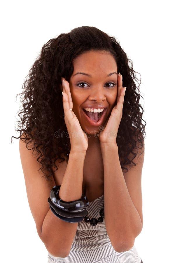 Retrato do close up de uma mulher preta nova surpreendida fotos de stock royalty free
