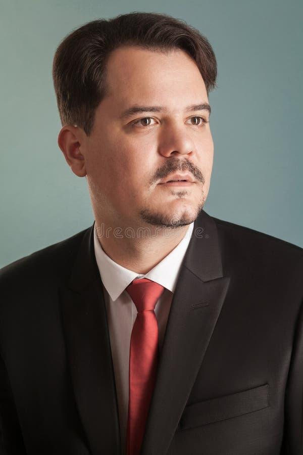 Retrato do close up do homem de negócio bem sucedido foto de stock royalty free