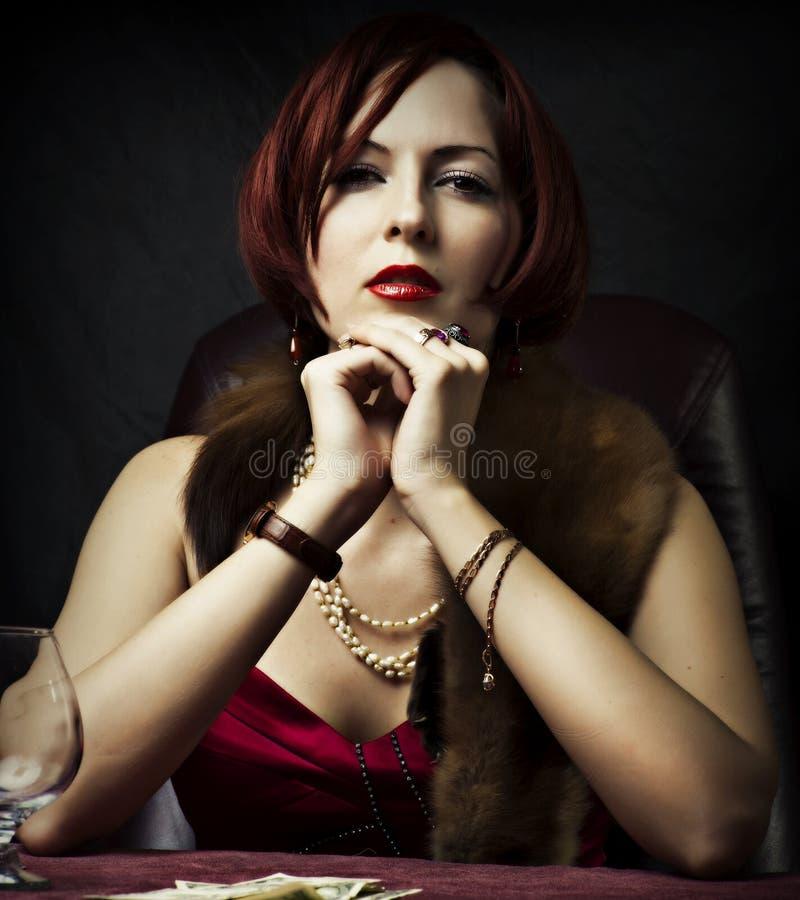 Retrato do encanto da mulher 'sexy' da forma foto de stock