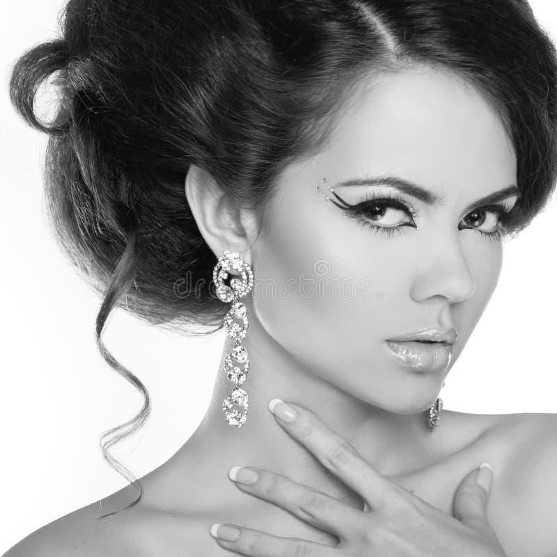 Retrato do encanto do modelo bonito da mulher com composição e romant fotos de stock royalty free