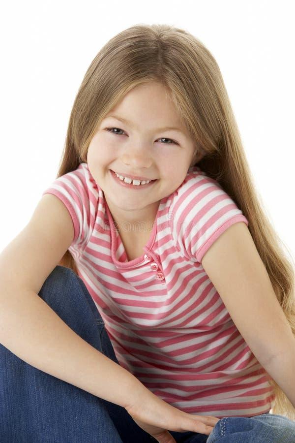 Retrato do estúdio da menina de sorriso foto de stock royalty free