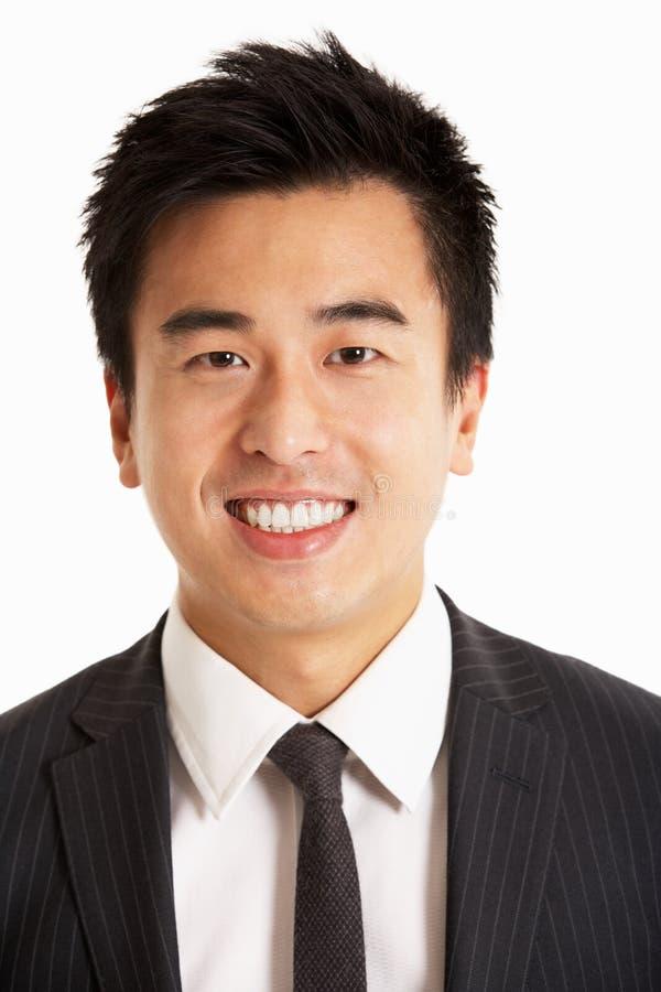 Retrato do estúdio do homem de negócios chinês fotos de stock royalty free