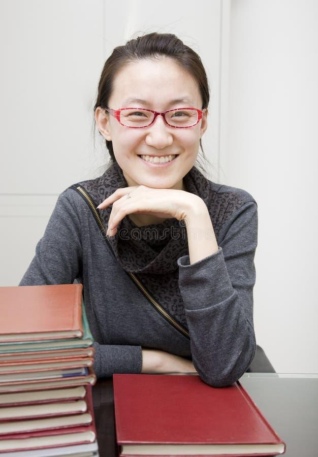 Retrato do estudante universitário asiático imagem de stock royalty free