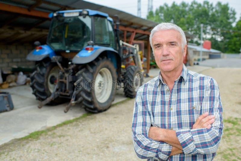 Retrato do fazendeiro maduro imagens de stock