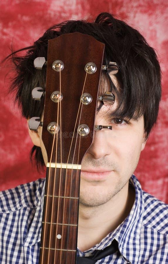 Retrato do guitarrista foto de stock