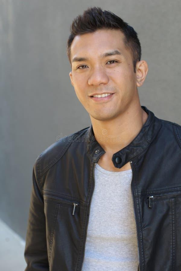Retrato do homem asiático lindo fotografia de stock royalty free