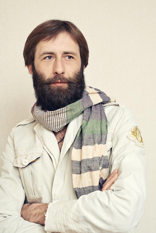Retrato do homem com uma barba grande e os bigodes foto de stock