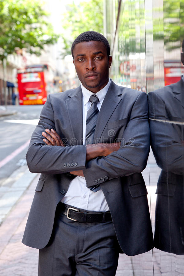 Retrato do homem de negócio africano fotos de stock royalty free