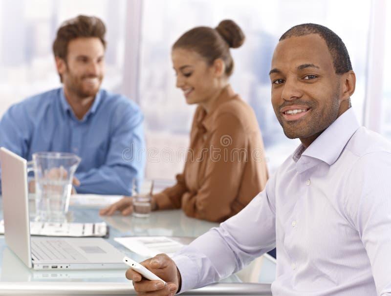 Retrato do homem de negócios seguro imagens de stock royalty free