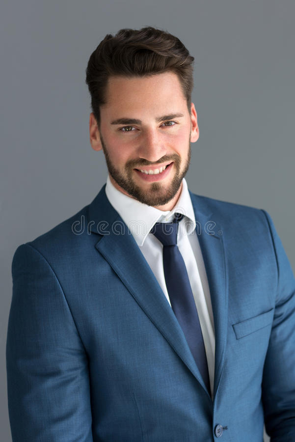 Retrato do homem novo fotografia de stock royalty free