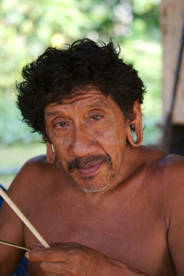 Retrato do indian de Amazon fotografia de stock