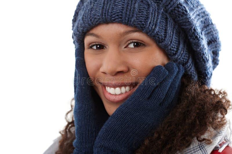 Retrato do inverno da mulher étnica atrativa imagem de stock royalty free