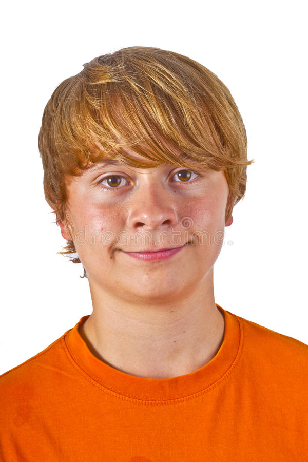 Retrato do menino bonito com laranja imagem de stock royalty free