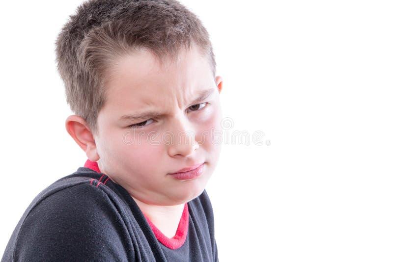 Retrato do menino com exame minucioso da expressão foto de stock royalty free