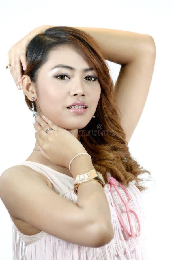 Retrato do mulheres asiáticas bonitos isoladas fotos de stock