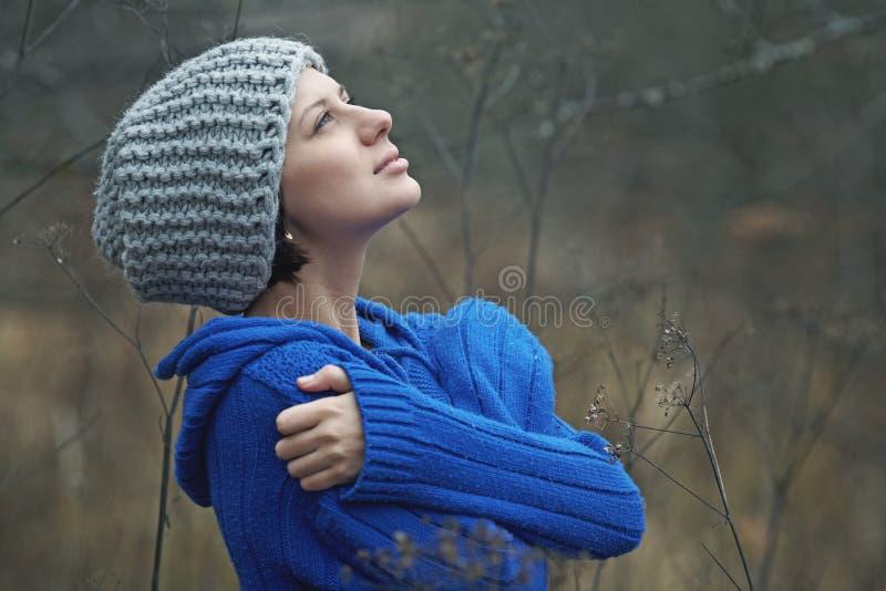 Retrato do mulheres bonitas fora foto de stock royalty free