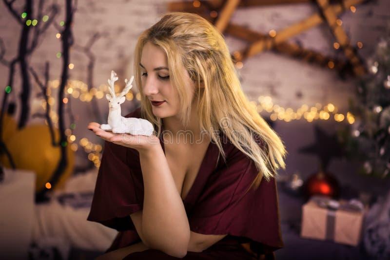 Retrato do Natal com cervos imagens de stock royalty free