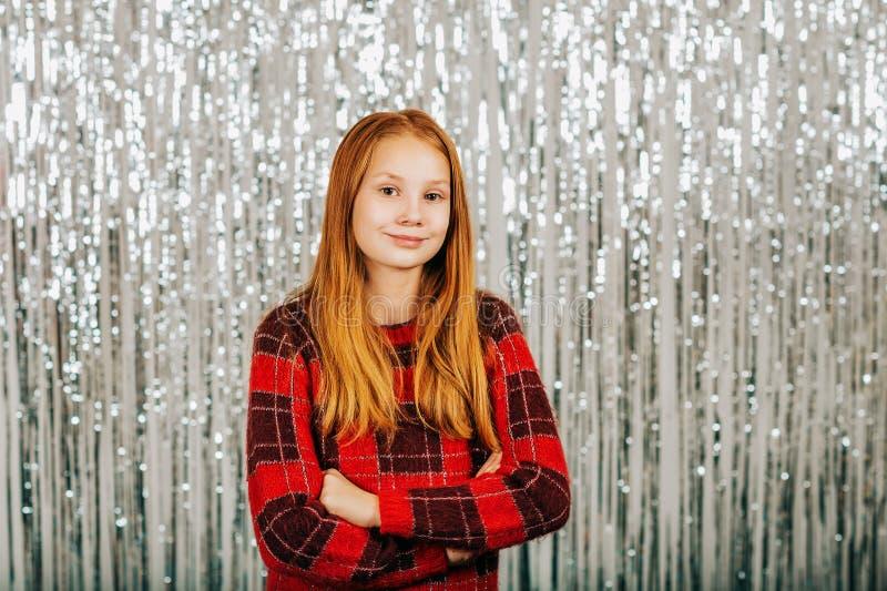 Retrato do Natal da menina bonito foto de stock royalty free