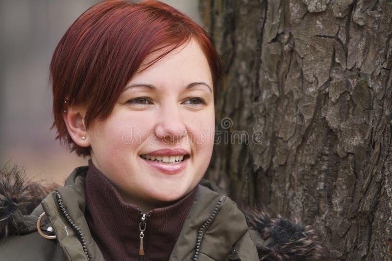 Retrato do outono de uma menina foto de stock