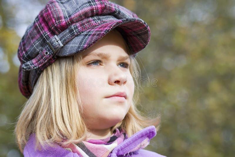 Retrato do outono de uma menina fotografia de stock royalty free