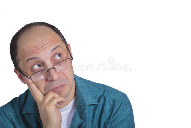 Retrato do pensamento adulto do homem imagem de stock