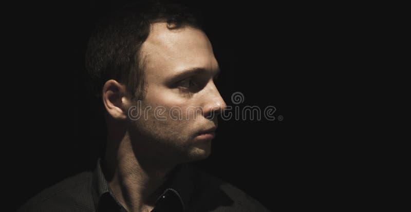 Retrato do perfil do homem europeu novo imagem de stock royalty free