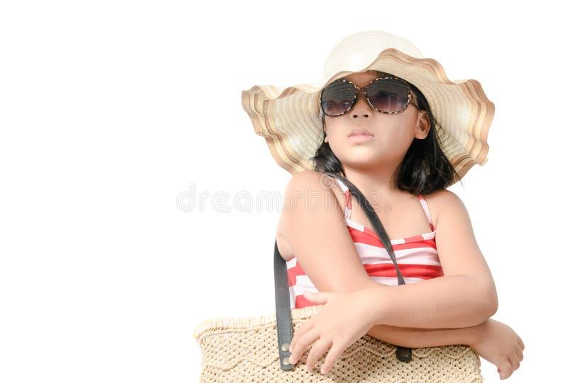 Retrato do roupa de banho vestindo da menina bonito com chapéu imagens de stock royalty free