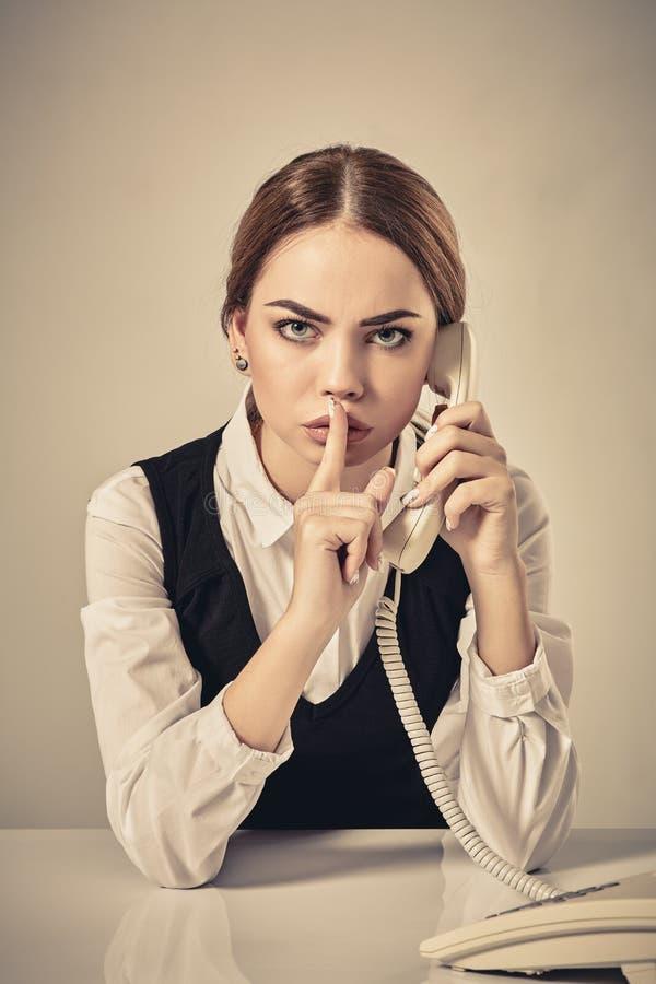 Retrato do telefone de resposta do secretário novo foto de stock royalty free