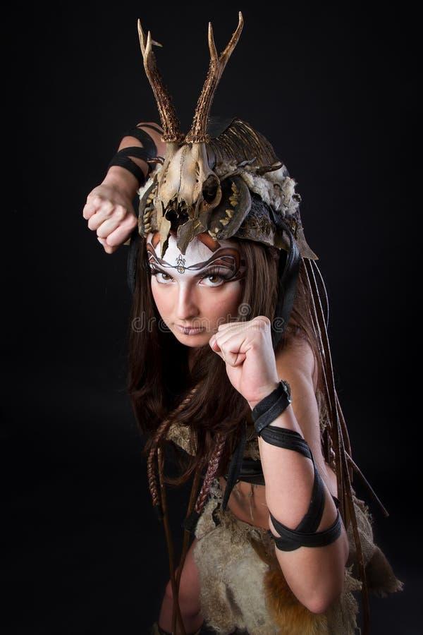 Retrato do viquingue fêmea imagens de stock royalty free
