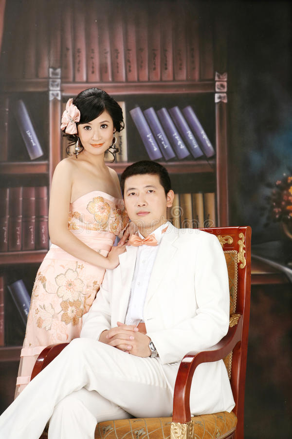 Retrato dos pares do casamento fotografia de stock royalty free