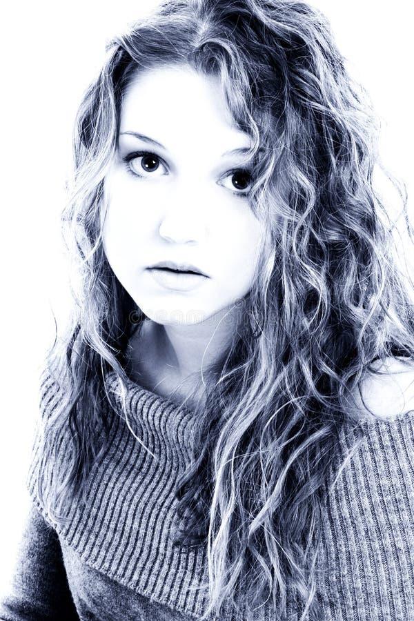 Retrato dramático da menina dos anos de idade dezesseis imagens de stock royalty free