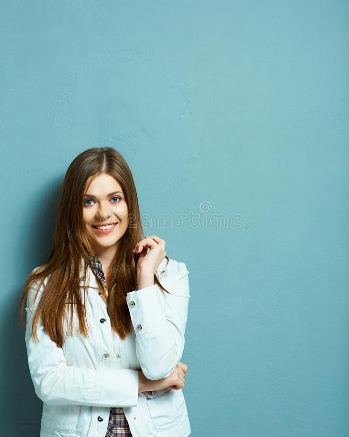 Retrato encantador da mulher nova fotos de stock royalty free