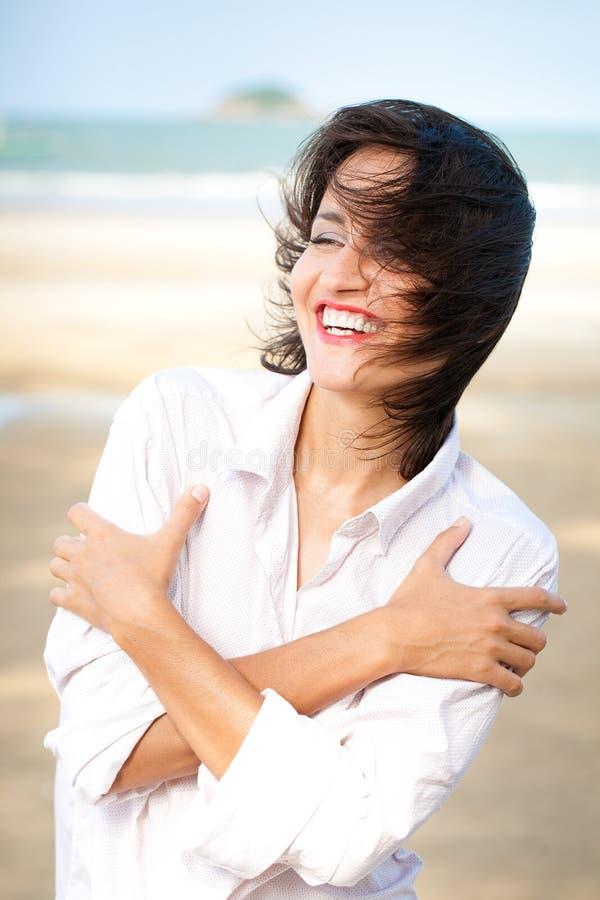 Retrato feliz da mulher imagens de stock