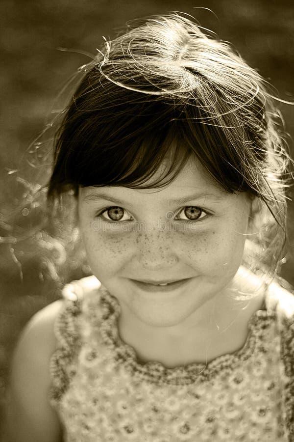 Retrato feliz del niño fotografía de archivo libre de regalías