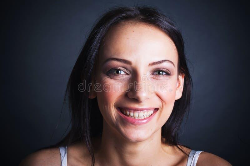 Retrato feliz do adolescente fotografia de stock royalty free