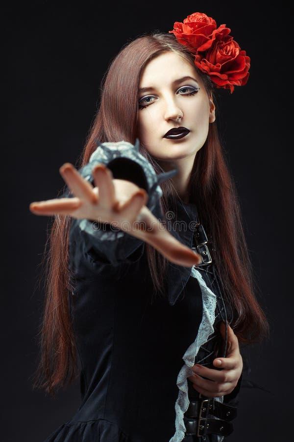Retrato gótico de uma menina imagem de stock