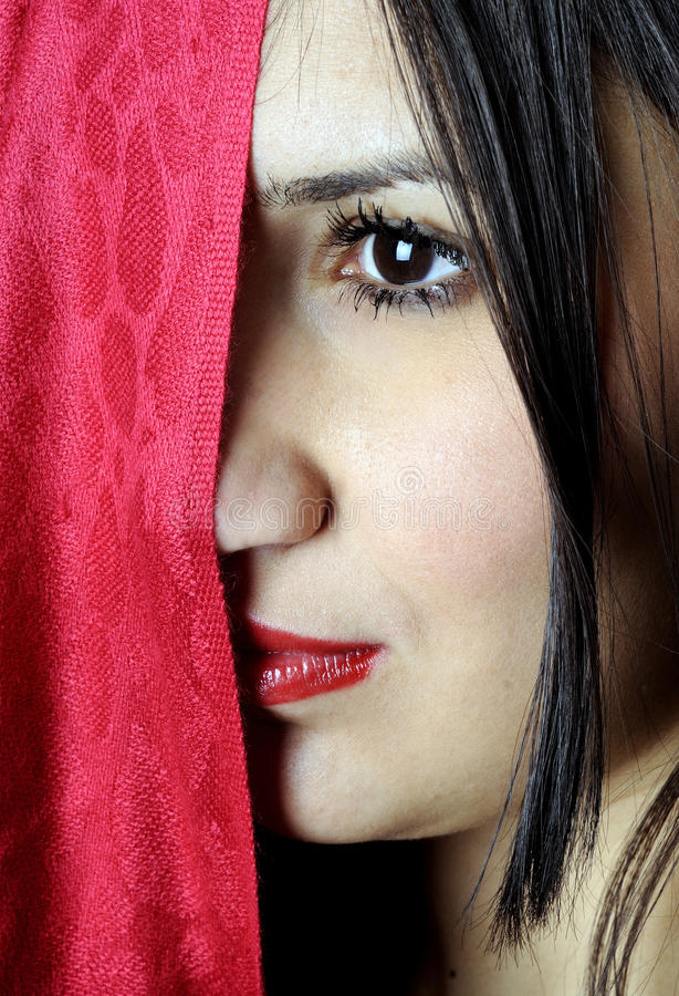 Retrato hermoso atractivo de las mujeres jovenes fotografía de archivo libre de regalías