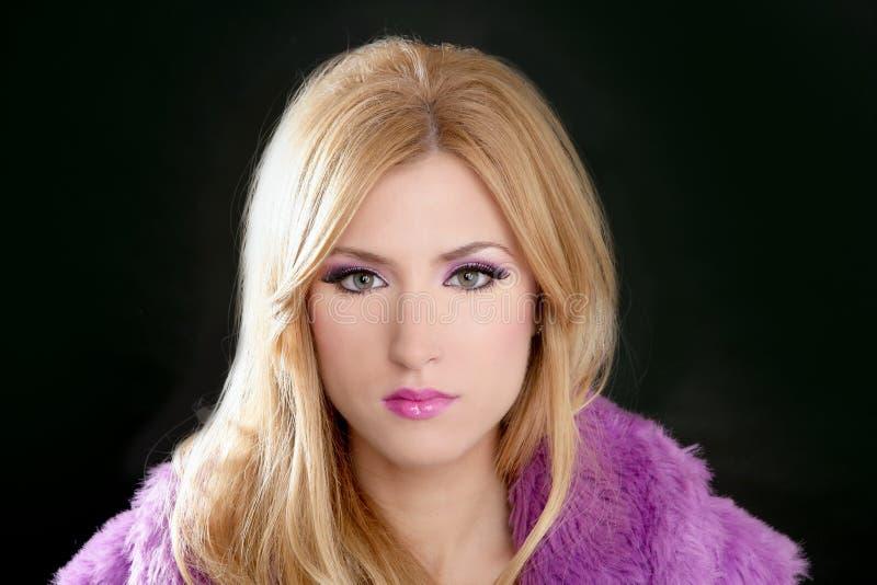 Retrato hermoso rubio de la mujer de Barbie fotos de archivo